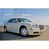 Авто на свадьбу Chrysler 300С белый