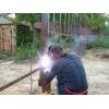 Сварщик в Донецке приедет приварит петлю навес засов на воротах дверях калитки