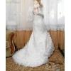 Белое свадебное платье расшитое белыми камнями в идеальном состоянии